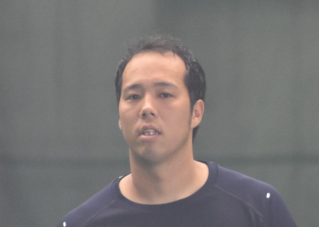 青柳が大荒れ6四死球で6失点、阪...